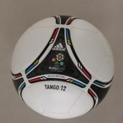 euro 2012 ball