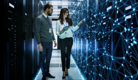 How Data Fabric Simplifies Data Management in Hybrid Cloud and Multi-Cloud
