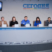 Segodnya press conference-small